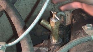 Замена крана отопителя на УАЗ-31519(В данном видео я расскажу как правильно заменить кран отопителя на УАЗ-31519, дело в том что спустя время кран..., 2014-05-18T16:35:45.000Z)