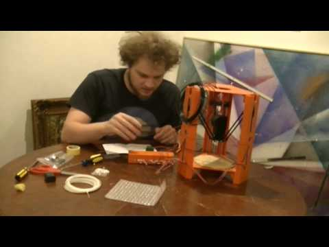101 hero 3d printer from indiegogo unboxing and first prints
