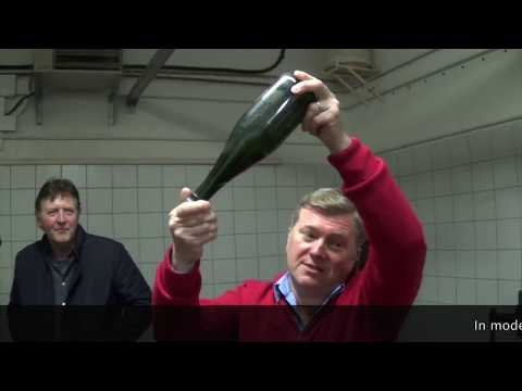 VIDEO: Disgorgement with 'Champagne Lallier'