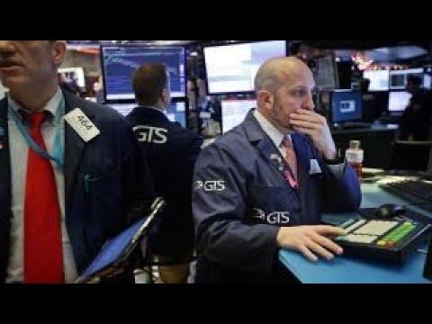US stocks drop on weak manufacturing data, Apple slashing forecast