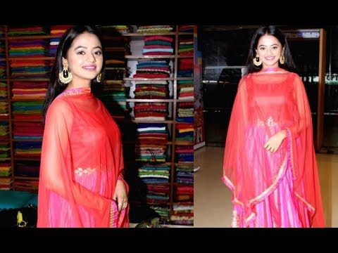 Helly Shah At Sundari Silk Saree Store Launch