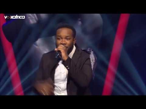 Charles Arnaud chante