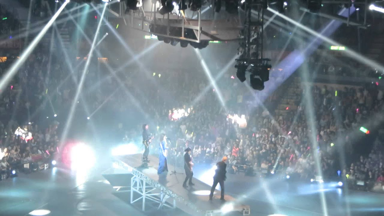 Part 5 - 10.19.13 - HOCC 何韻詩世界巡迴演唱會Memento Live 2013 - YouTube