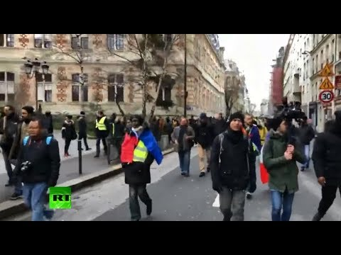 Yellow Vests protest in Paris, Act 9