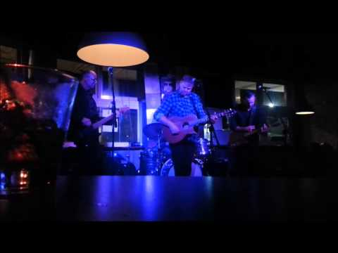 winter station at the union hotel newtown april 30 2015 raw footage