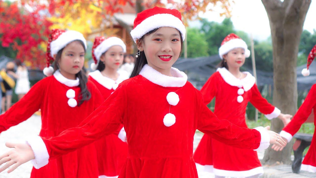Bé Vui NOEL ♫ Tốp Ca ♫ Nhạc Thiếu Nhi Sôi Động Cho Bé | Just Dance