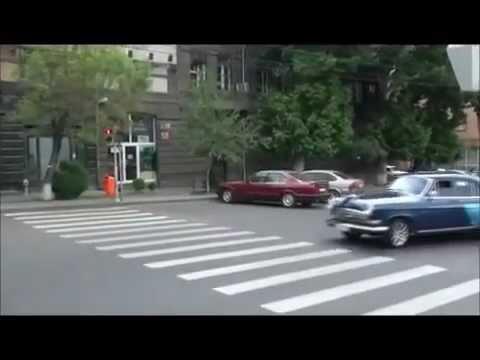 Выставка рэтро машин в Ереване