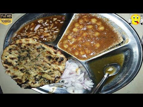 Best Chole Kulche At Amritsari Chur-Chur Kulche Chole | Kanpur Food Vlog | Best Indian Street Food