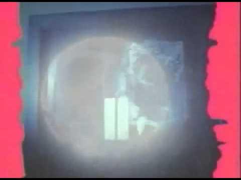 It, Eso (Stephen King's It) (Tommy Lee Wallace, EEUU, Canada, 1990) - Video Trailer