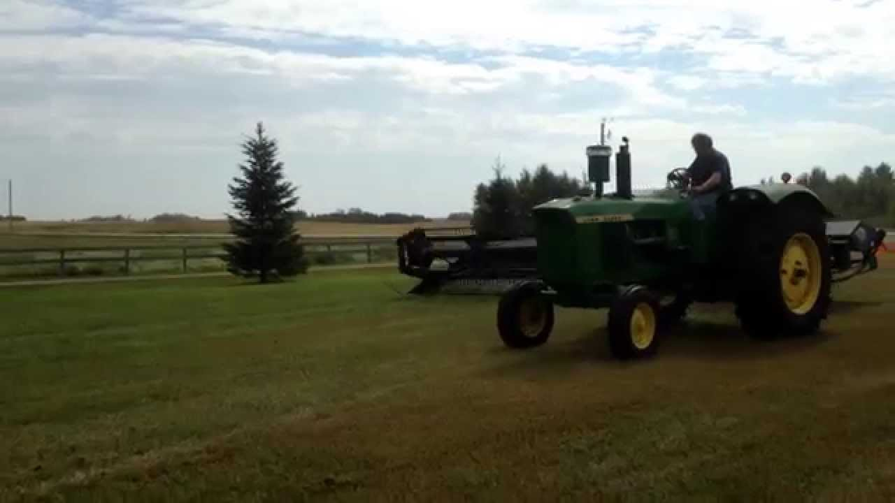 25' MacDon (Prairie Star) PT Swather 4600