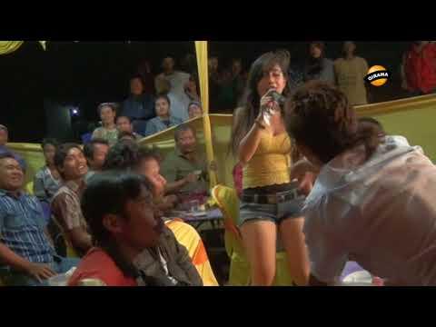 SEKETIP MATA voc. Suci Carera -  LIA NADA Live Karangsawah 15 Sept 2017 thumbnail