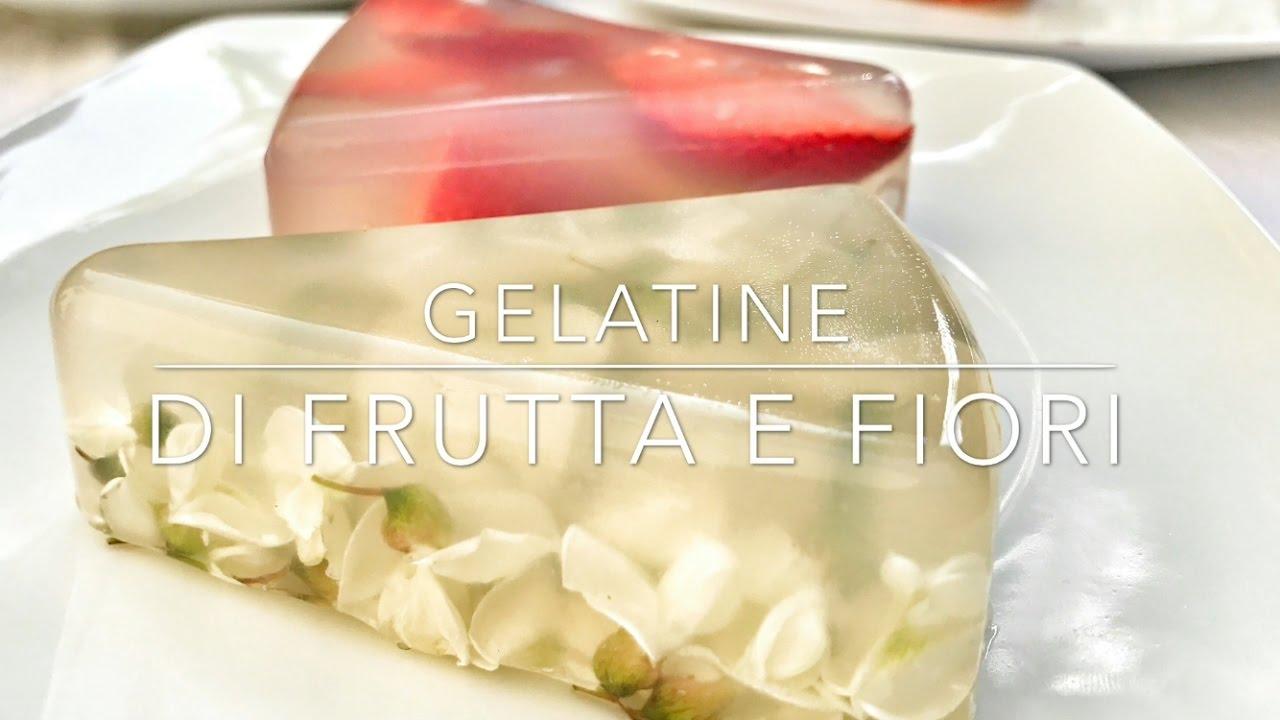 Fiori di acacia e fragole in gelatina Veg (agar -agar)