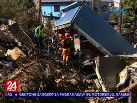 24 Oras: Dump truck na sumalpok sa closed van, nahulog sa gilid ng SLEX
