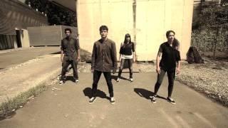 Compañía Danza Teatro Hip Hop Slowww... Massive Attack - Teardrop