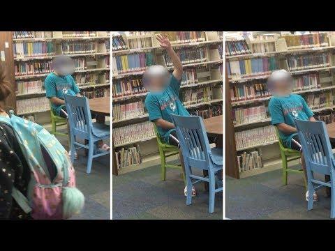 Super Martinez - Hombre de Florida Viendo Porno en Biblioteca