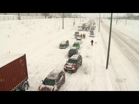Monster storm leaves hundreds stranded on Quebec highway