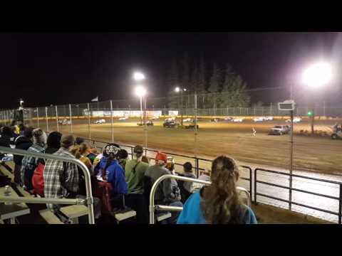 Racing at Sunset speedway(2)