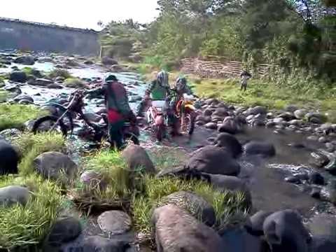 EXTRA NEGROS BAGO RIVER TRAIL