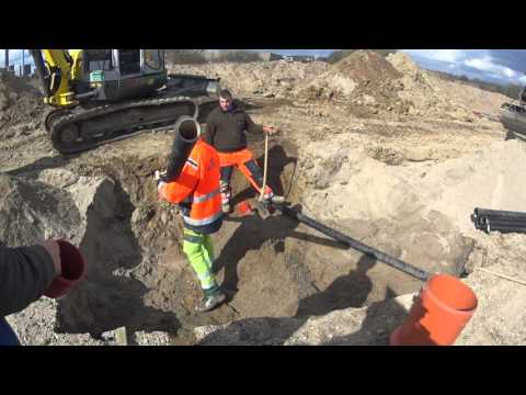 moving road sewer 1