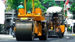 Roller Asphalt Paver Dump truck Construction Road Repairing Asphalt Layer