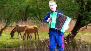 Горе не беда ♫ Казачья песня под гармонь ╰❥ Лучшие молодые исполнители России   ☀️Cossack song