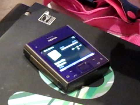 Nokia X5 spinning sufftle song.MOV