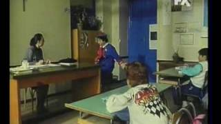 Video Nel 1990 Pierino torna a scuola e anticipa Fioroni, Gelmini e Brunetta download MP3, 3GP, MP4, WEBM, AVI, FLV November 2017