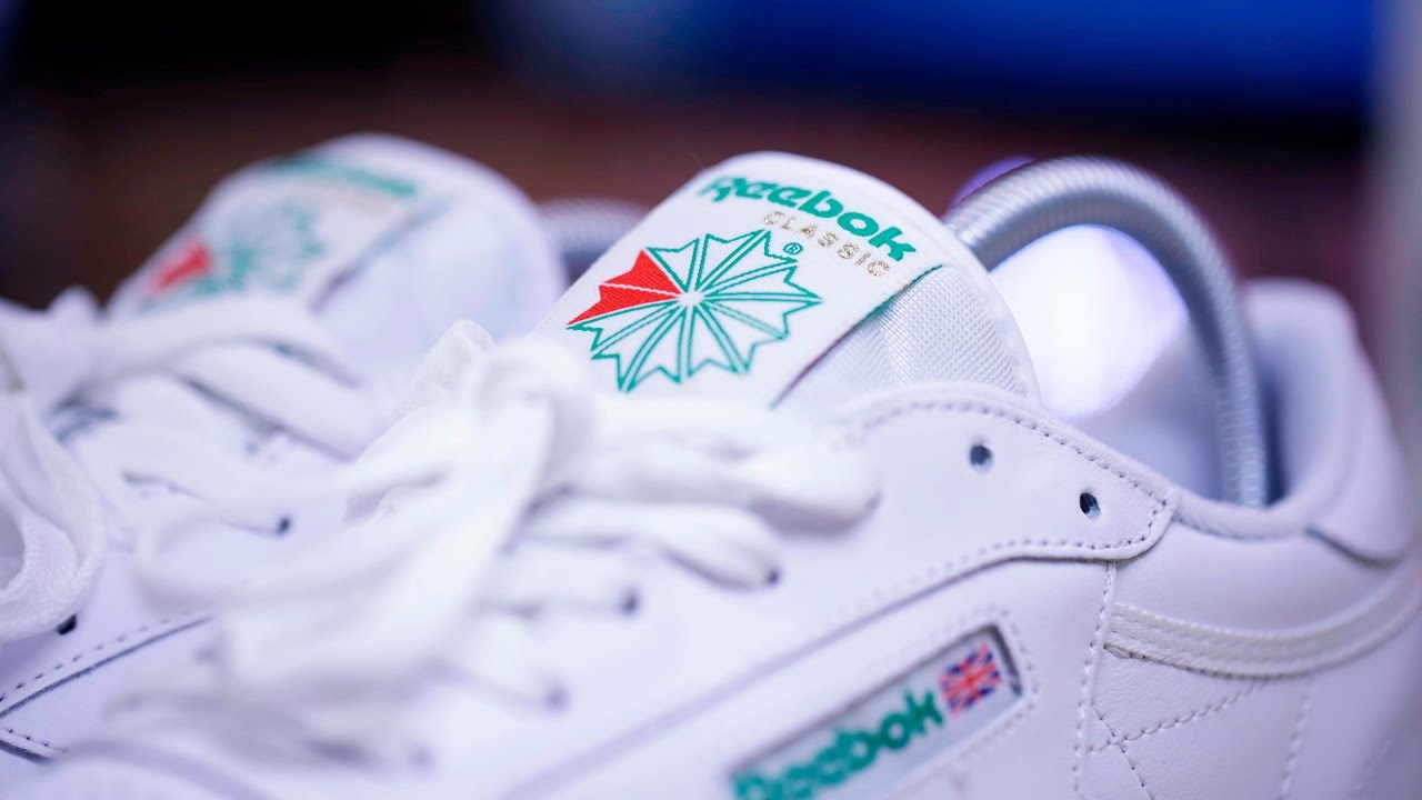 de9911a3e8c Reebok Club C 85 (White Green) - YouTube