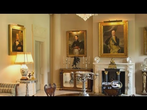 Mobile Family's Antiques Go On The Auction Block