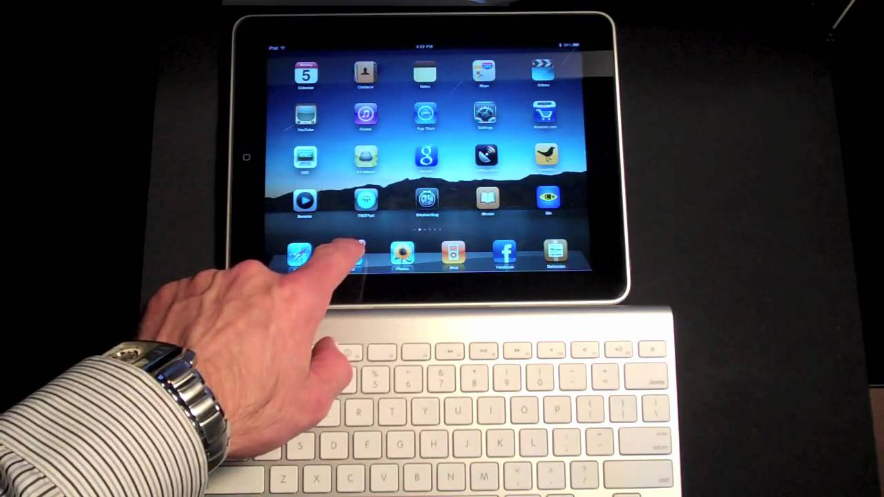 apple ipad using an apple wireless keyboard youtube. Black Bedroom Furniture Sets. Home Design Ideas
