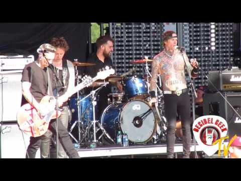 Buckcherry  Crazy Bitch:  at Rocklahoma 2017