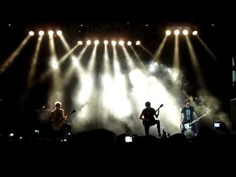 Blessthefall - Promised Ones/Bottom Feeder (Live in Jakarta 2012)