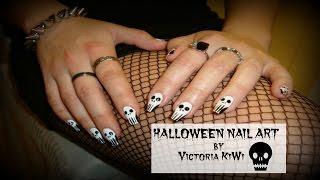 Хэллоуин маникюр / Как нарисовать череп на ногтях/ Halloween Nail Art(Подхватывайте очередную идею маникюра на праздник Хеллоуин! Я покажу вам 4 легких способа, как можно нарисо..., 2015-10-25T06:01:25.000Z)