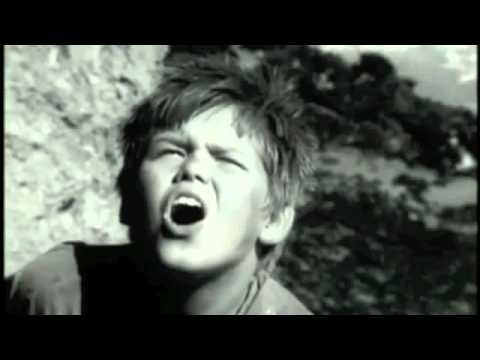 Lord of the Flies 1963: The Deaths of Simon and Piggy