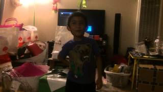 My little cousin sings Single Ladies Thumbnail