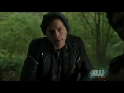 Download Riverdale season 3 episode 6 - Jughead and serpents caught jouqine scene.