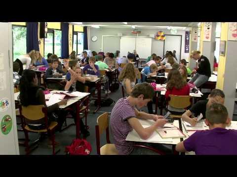 REVIUS WIJK -  School in Beweging