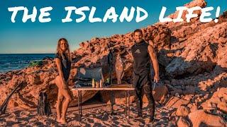 SPEARFISHING PARADISE DIRK HARTOG ISLAND - Sharks, Sea Snakes, Manta Rays & ALL the Fish   Ep 24  