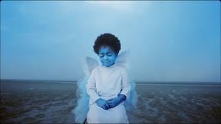 Khruangbin - First Class (Music Video)