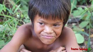Primitive Technology - Eating delicious - Awesome cooking chicken in wild