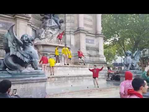 La Place Saint Michel, Paris
