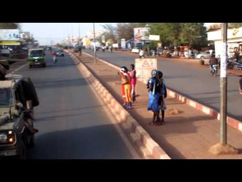 Ride through Bamako, Mali (Avenue de la Cdeao)