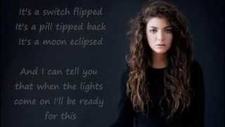 Repeat youtube video Lorde - Bravado (lyrics)