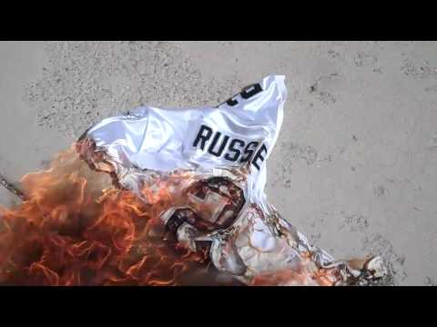 """JAMARCUS RUSSELL #1 BUST """"BURNING JERSEY"""""""