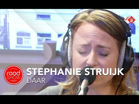 Stephanie Struijk - 'Daar' Live @ Roodshow Late Night