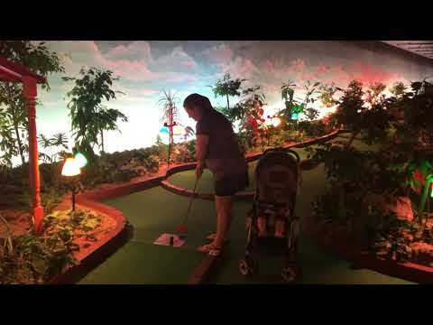 Grand Country Indoor Mini Golf (Branson, MO)