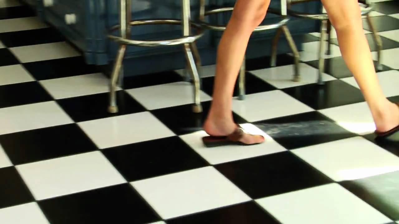 Antislip treatment floor grip youtube antislip treatment floor grip dailygadgetfo Image collections