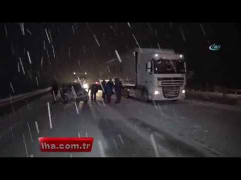 Afyonkarahisar'da kar yağışı hayatı olumsuz etkiledi