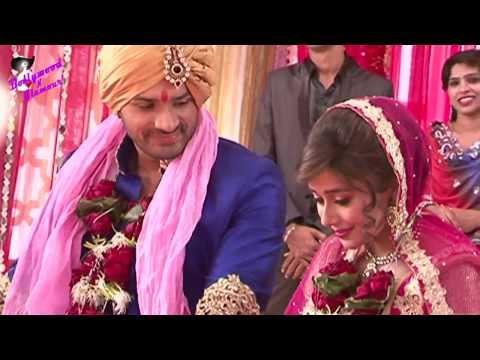 On location of TV Serial 'Uttaran'  Mithi is Akaash's bride once again
