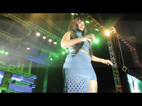 Desire Luzinda at Nkwatako concert